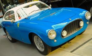 """Ein früher Ferrari 212 E 225S """"Tuboscocca"""" von 1951 aus dem O-Y-App.com-Bilderarchiv"""