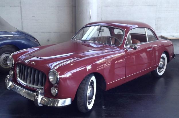 Ganz selten zu sehen: Ein französischer Ford Comete mit amerikanischem V8-Motor.