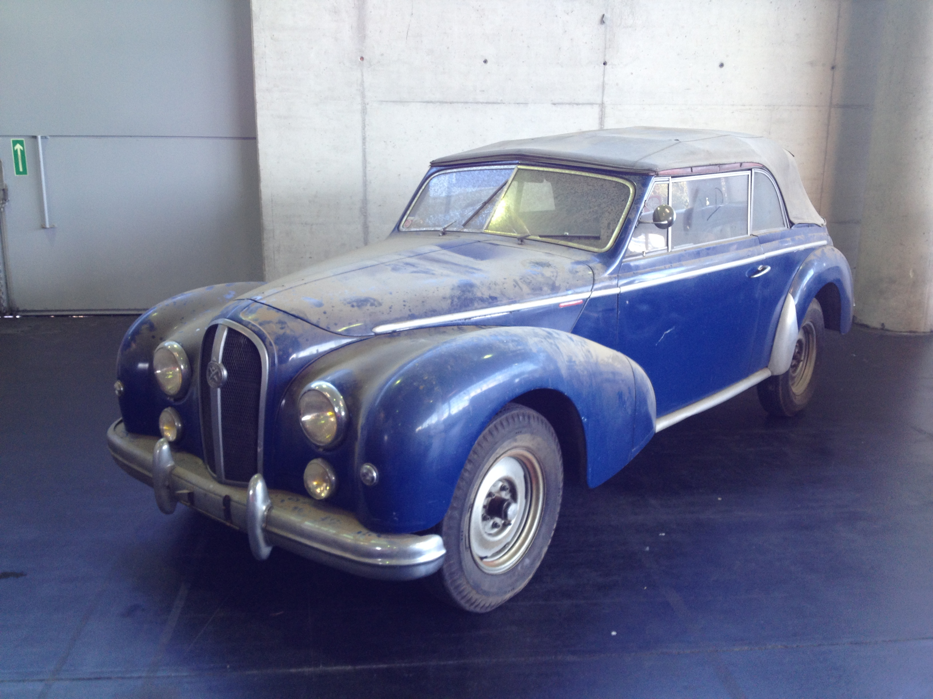 Hotchkiss Antheor Chapron 1952