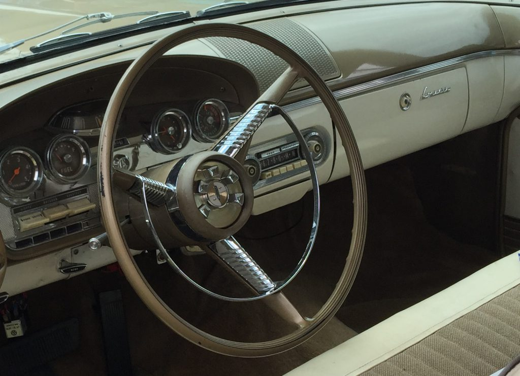 Edsel Corsair innen Kopie 2